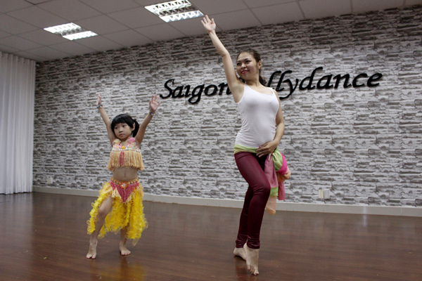 Saigon dance